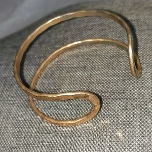 2/$10 Fashion Jewelry Golld Cuff Bracelet